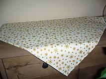 Úžitkový textil - Vianočný obrus hviezdy a vločky - 11094189_