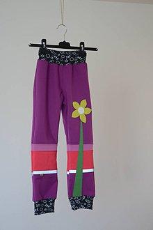 Detské oblečenie - softshellové nohavice Kvet - 11098103_