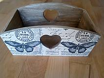 Krabičky - vintage motýľ košík - 11094929_