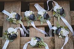 Náramky - Kvetinový náramok pre družičky - 11098014_