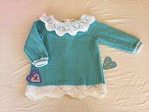 Detské oblečenie - Modrobiely svetrík s golierikom - 11095437_
