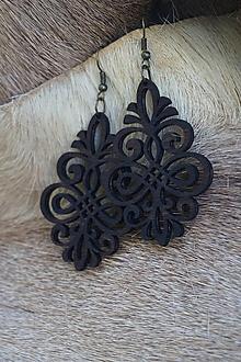 Náušnice - Náušnice z drevených výrezov (Ornament) - 11098088_