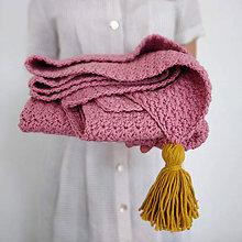 Textil - Ružová deka so zlatým strapcom - 11096398_