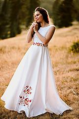 Šaty - Svadobné šaty s výšivkou - 11098569_