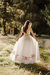 Šaty - Svadobné šaty s výšivkou - 11098578_