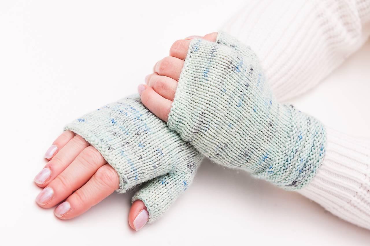 Pletené nátepníčky - mint melír