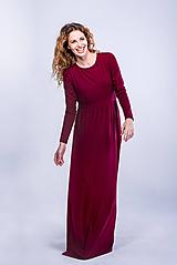 Šaty - Dlhé šaty so zlatým gombíčkom - 11101334_