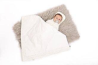 Textil - Luxusná čipkovaná prikývka z bavlneného saténu - 11102295_