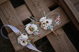 Pierka - Folk svadobné pierka pre otcov a družbov - BIELA verzia - 11104545_