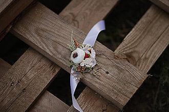 Náramky - Folk kvetinový náramok pre družičky - verzia biela - 11104554_