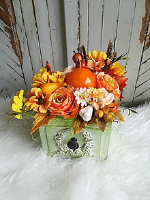Dekorácie - Jesenná dekorácia vo vintage šuflíku - 11102233_