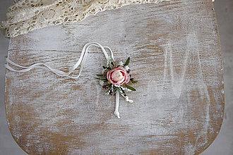 Iné doplnky - Kvetinový náhrdelník - 11105033_