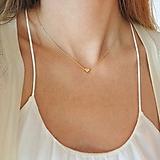 Náhrdelníky - Pozlátený náhrdelník so srdcom - 11101688_