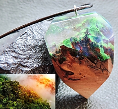 Náhrdelníky - Oheň v Amazónii- Drevený náhrdelník - 11103095_