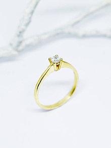 Prstene - 585 zlatý prsteň zásnubný s prírodným diamantom 3,4mm (žlté zlato) - 11106573_