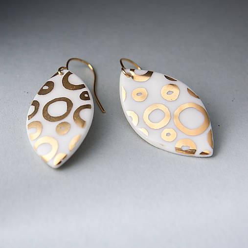 porcelánové náušnice | zlato, pozlátený háčik