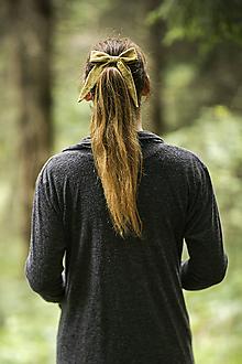 Ozdoby do vlasov - Olivová mašličková gumička - 11106606_