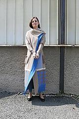 Svetre/Pulóvre - Maxiplášť TÝNA-vícebarevný patchwork - 11106491_