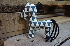 Hračky - koník ...modrý trojuholník - 11105251_