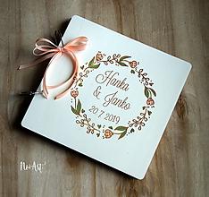Papiernictvo - Svadobná kniha hostí, drevený fotoalbum -  venček15 - 11113118_