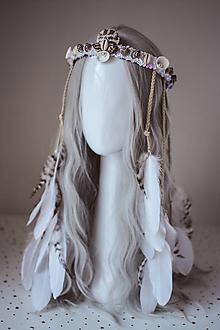 Ozdoby do vlasov - Biela romantická čelenka z kolekcie 𝕾𝖍𝖆𝖒𝖆𝖓 𝕳𝖆𝖑𝖑𝖔𝖜𝖊𝖊𝖓 - 11112225_