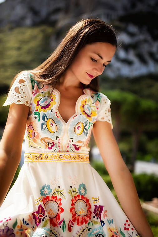 midi vyšívané šaty Poľana