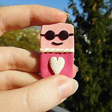 Magnetky - Pohoďák zamilovaný - FIMO magnetka - 11113238_
