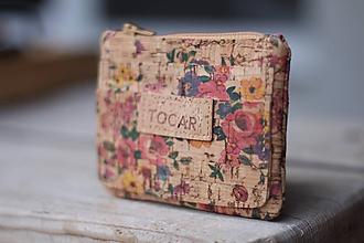 Peňaženky - Korková peňaženka lúka/kvety - 11116255_
