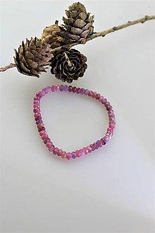 Náramky - rubínový náramok - prírodný brúsený rubín - 11116826_