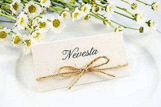 Papiernictvo - Prírodné svadobné menovky so špagátikom - 11118025_