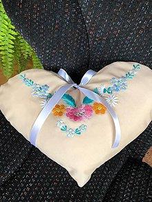 Úžitkový textil - Folklórne srdiečko vankúšik - 11118595_