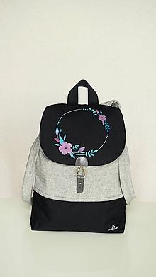 Batohy - Batoh s ručne maľovaným motívom- venček s kvetmi - 11118156_
