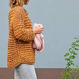 Svetre/Pulóvre - pletený sveter FREE okrový melír - 11121014_