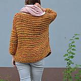 Svetre/Pulóvre - pletený sveter FREE okrový melír - 11121018_