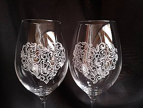 Nádoby - Svadobné poháre na vínko s čipkou - 11121647_