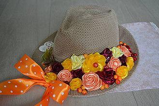 Dekorácie - Jesenný dekoračný klobúk na dvere - 11120666_