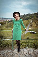 Šaty - Zelené úpletové šaty - 11119941_