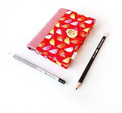 Papiernictvo - Zápisník Vtáčiky na červenej - A6 - 11121353_