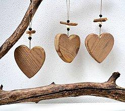 Dekorácie - Drevené ozdoby na stromček-Staré srdiečka - 11123884_