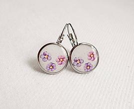 Náušnice - Živicové náušnice - Fialovo/ružové kvety (chirur.oceľ) - 11123910_