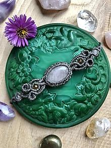 Náramky - Sivý makramé náramok s ruženínom - 11124426_