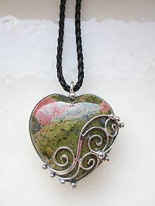 Náhrdelníky - Láska v  záhrade - 11125711_