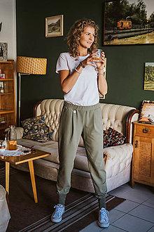 Iné oblečenie - Tepláky Olívia do voza (S -Vojenská zelená so zeleným patentom) - 11126075_