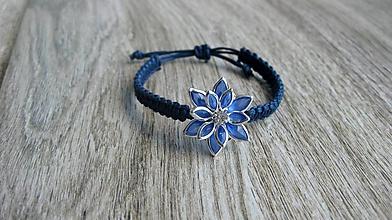 Detské doplnky - Pletený náramok detský (modrý s kvetom, č.  2865) - 11124476_