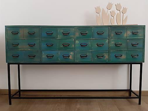 Nábytok - Vintage komoda v industriálnom štýle - 11126194_
