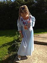 Šaty - Ručne vyšívané šaty - 11123732_