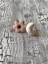 Náušnice - linecký kvietok a vanilkový rožtek - napichovačky - 11122794_
