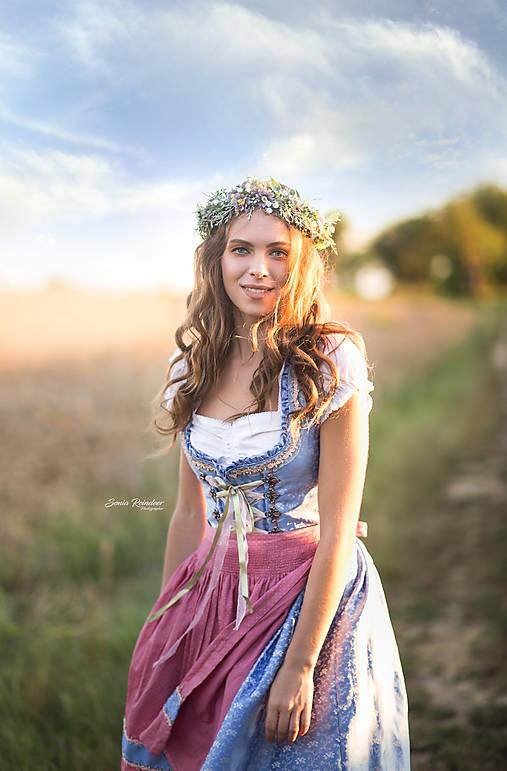 Romantický kvetinový venček šedo-fialový