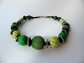 Náhrdelníky - ,,Extrovert zelený,, - 11128110_