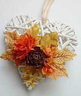 Dekorácie - jesenná dekorácia srdiečko - 11127414_